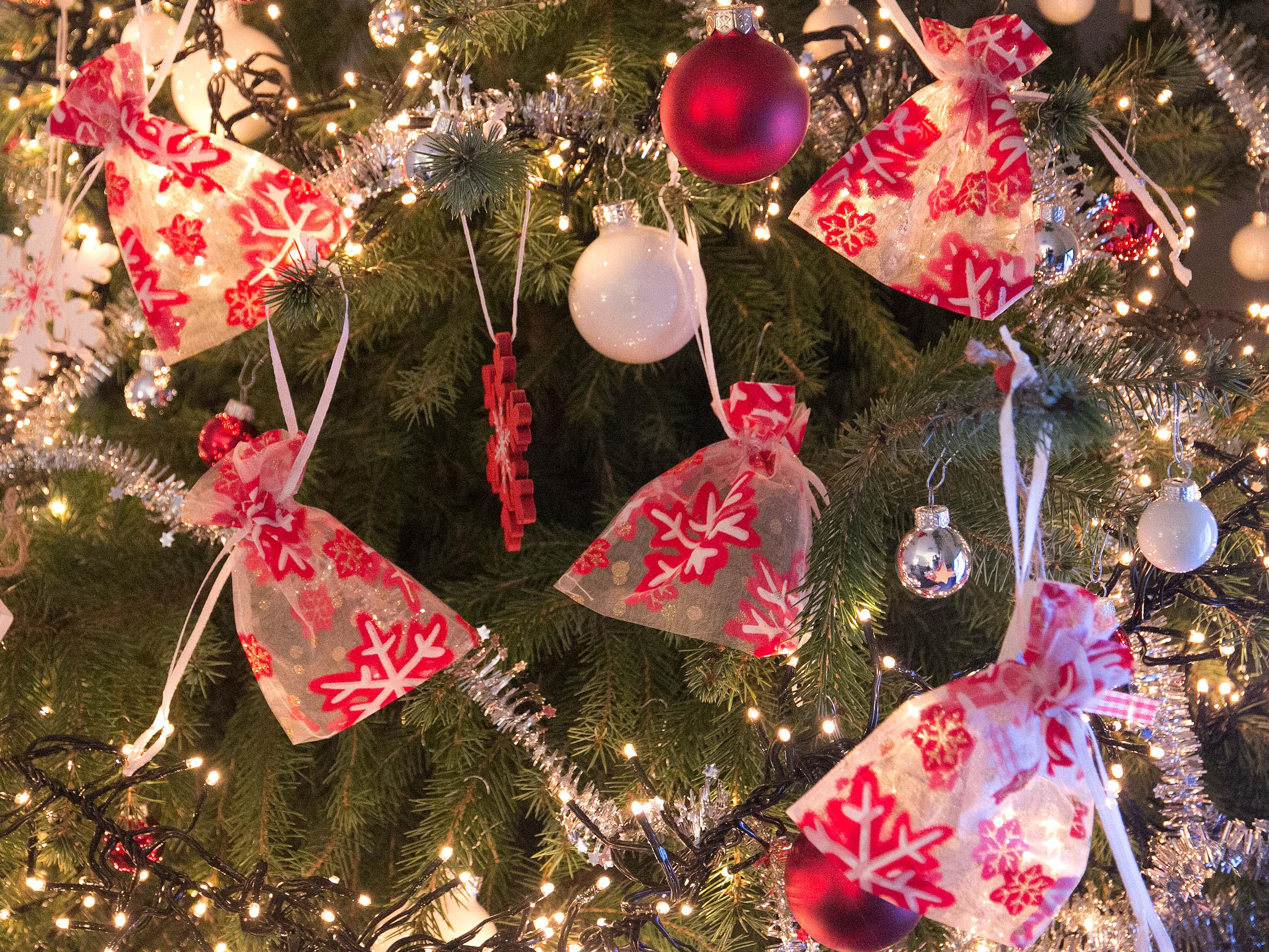 Zakjes, tasjes voor Kerst   Organza Store