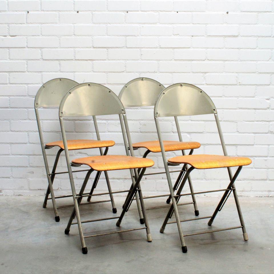 Design Stoelen Fabriek.Net Binnen Bij De Handelsfabriek Design Stoelen O A Van Gispen