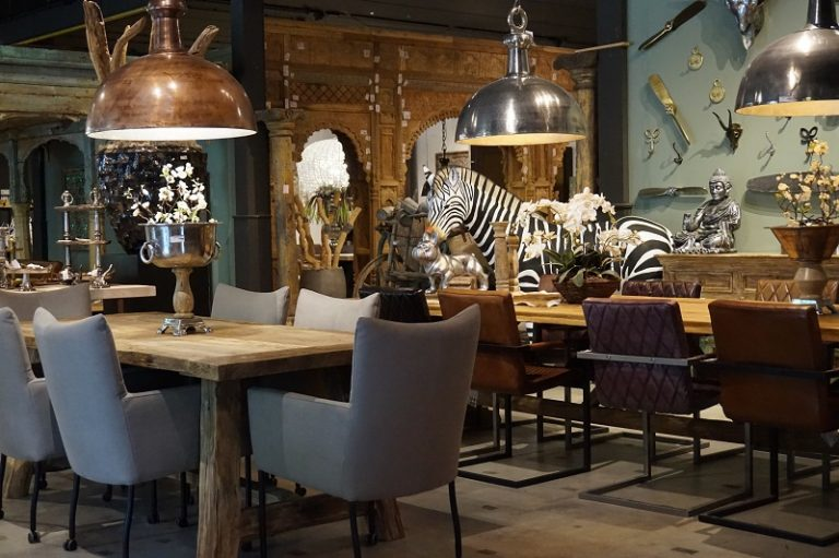 ADC | Cash & Carry in Eindhoven | Meubelen & Decoratie